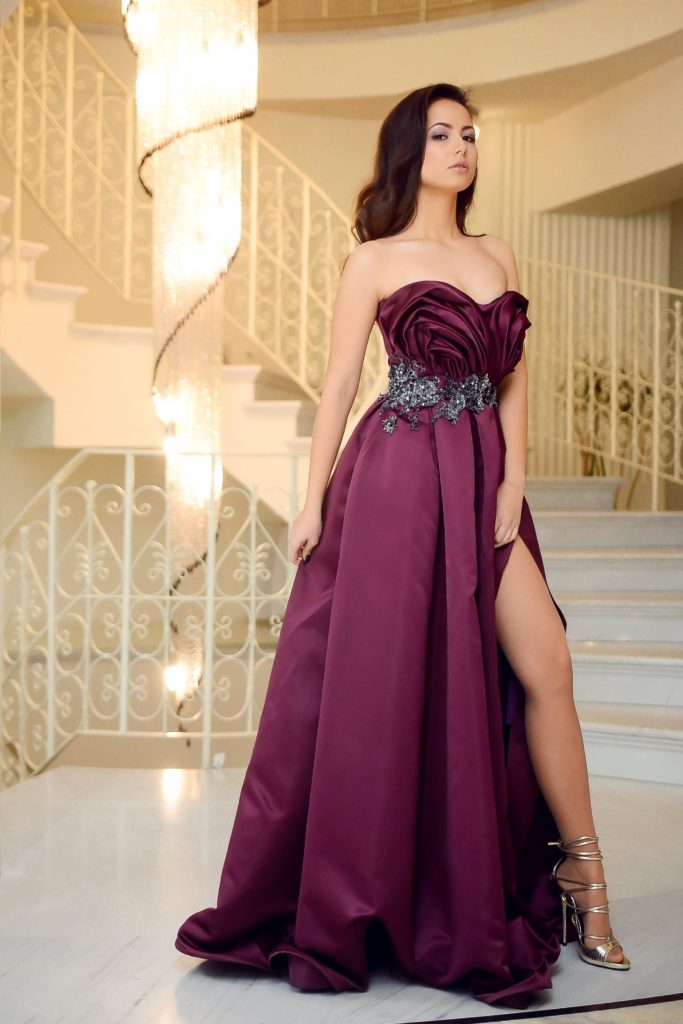 gold digger in purple  dress