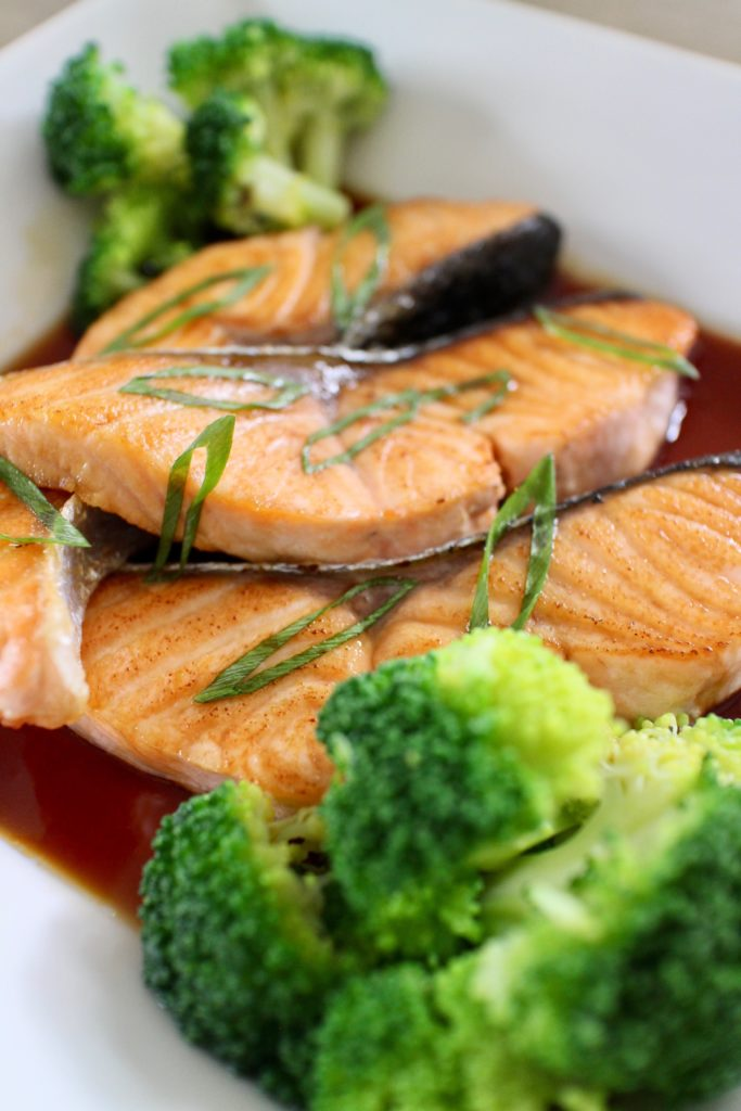 salmon, a dish rich in vitamin d